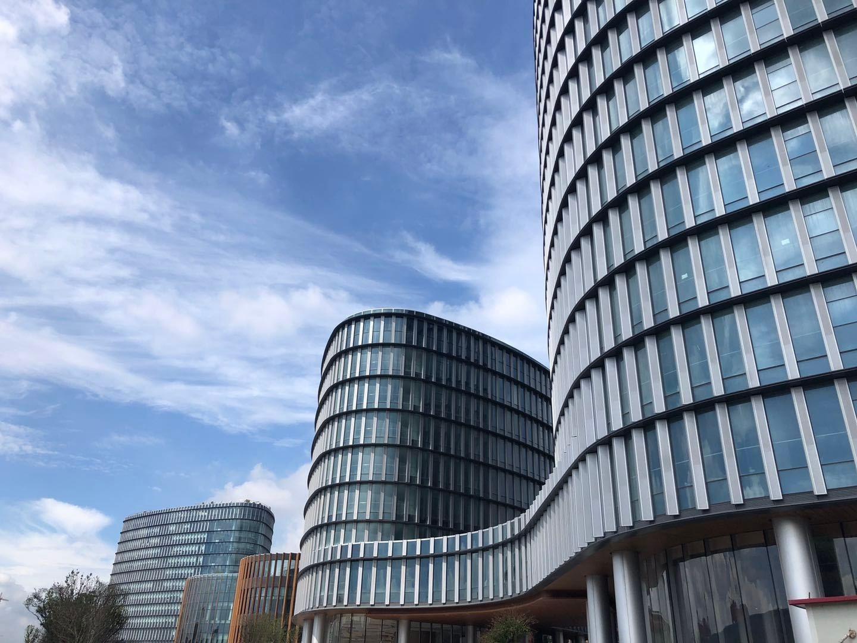 拉夏贝尔办公大楼-空调系统维保项目